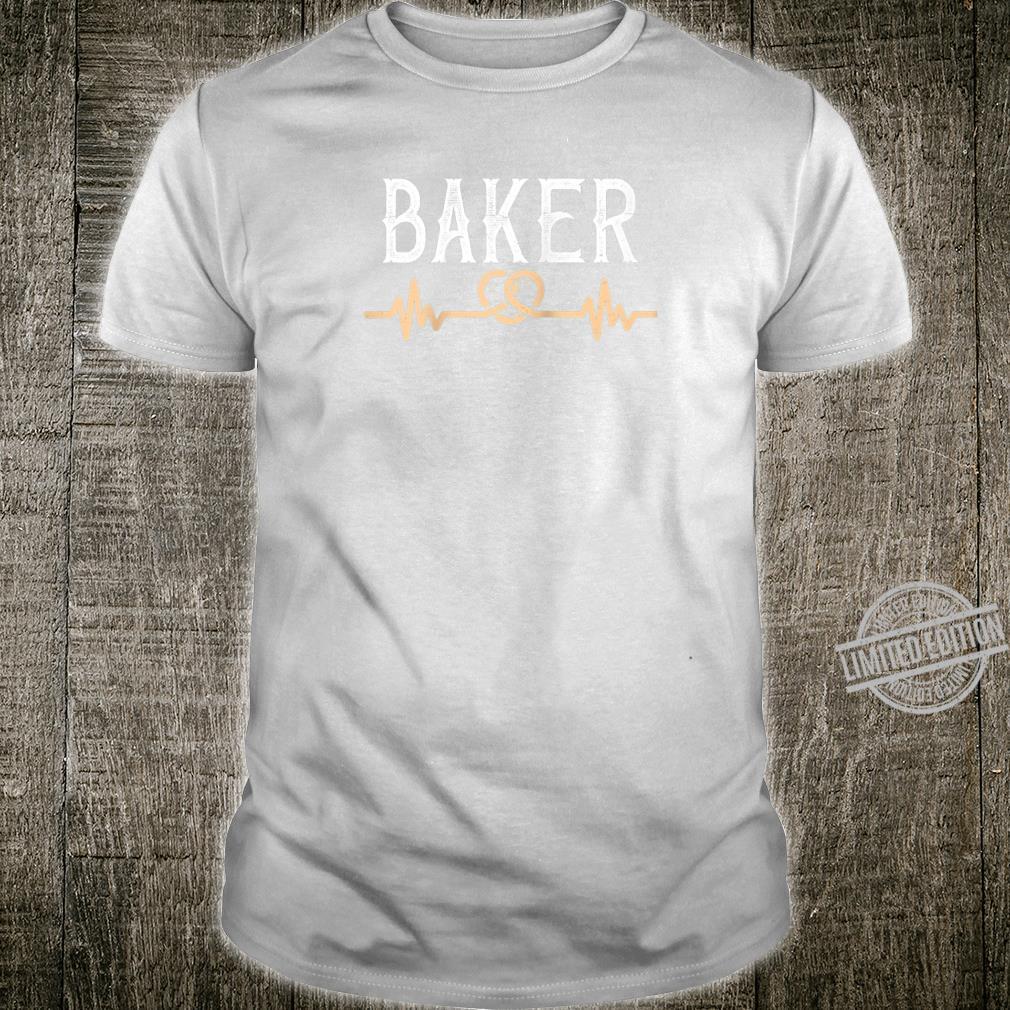 Baker pretzel heartbeat for bakery German Brezen Shirt