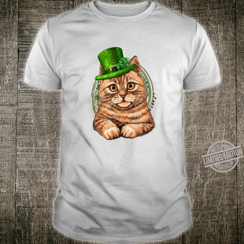 Cute Leprechaun Cat St Patricks Day Cat Mom Shirt