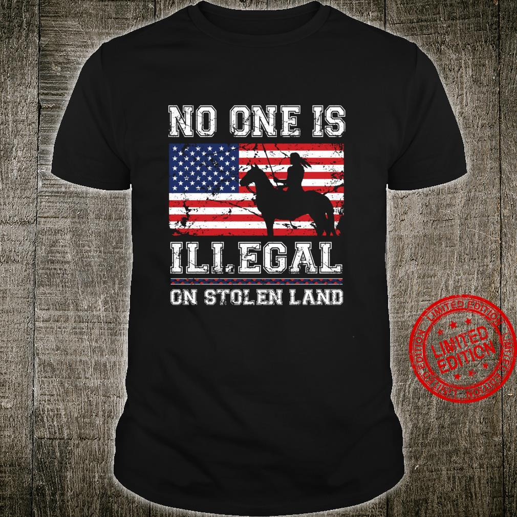 Native American No One is illegal on Stolen Land Langarmshirt Shirt